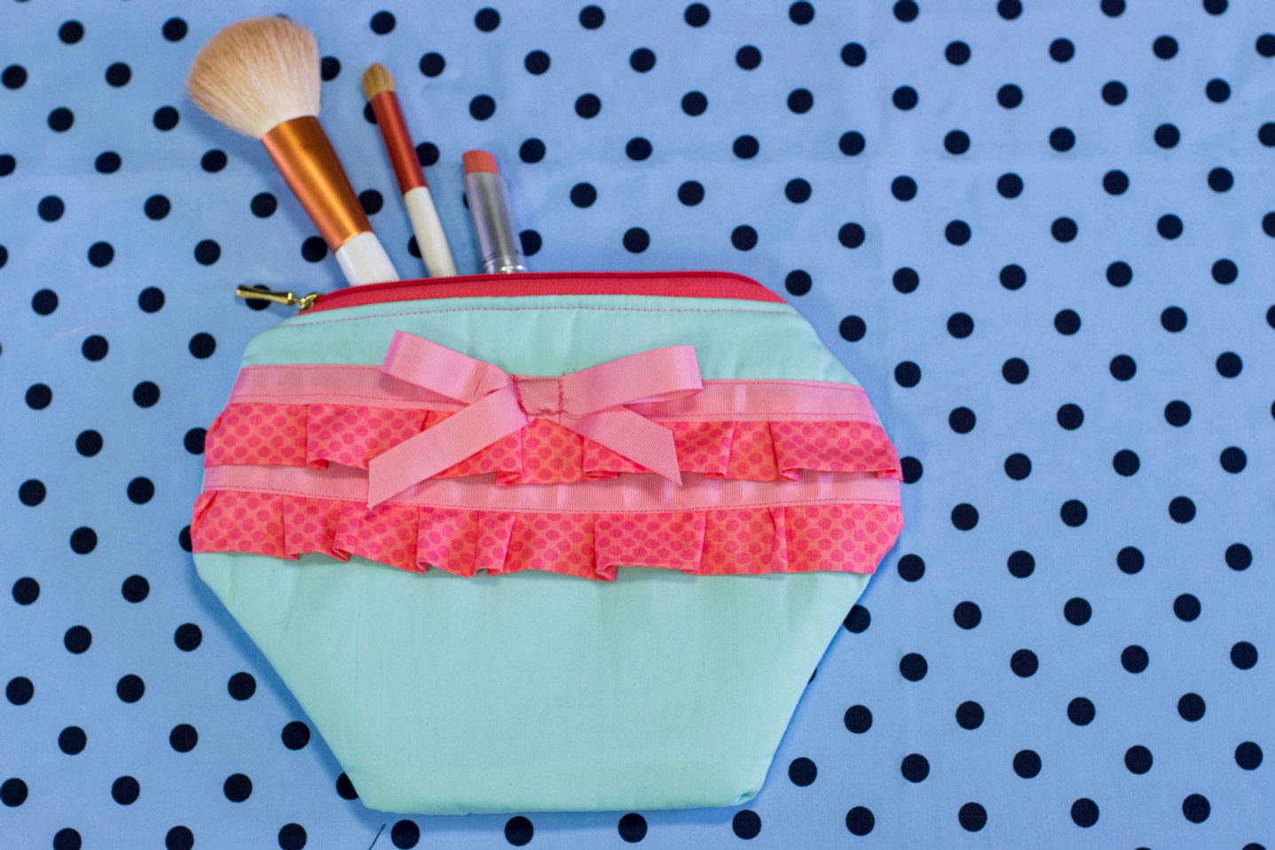 Artesanato Sustentável O Que É ~ Faça e venda essa linda nécessaire em tecido