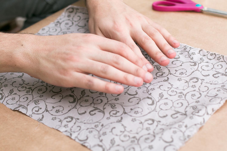Tirando bolhas do tecido |PAP: Envelope de coração - Blog Artesanato e ponto