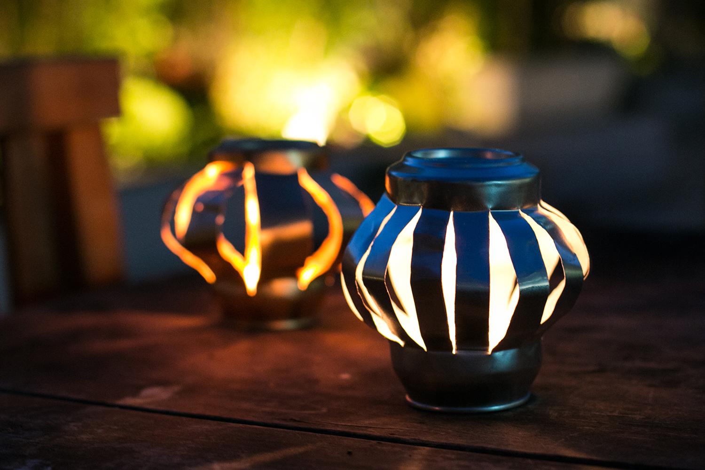 Olha como qualquer ambiente decorado por luz de vela fica lindo! | PAP: simpática lanterna de vela - Blog Artesanato e ponto