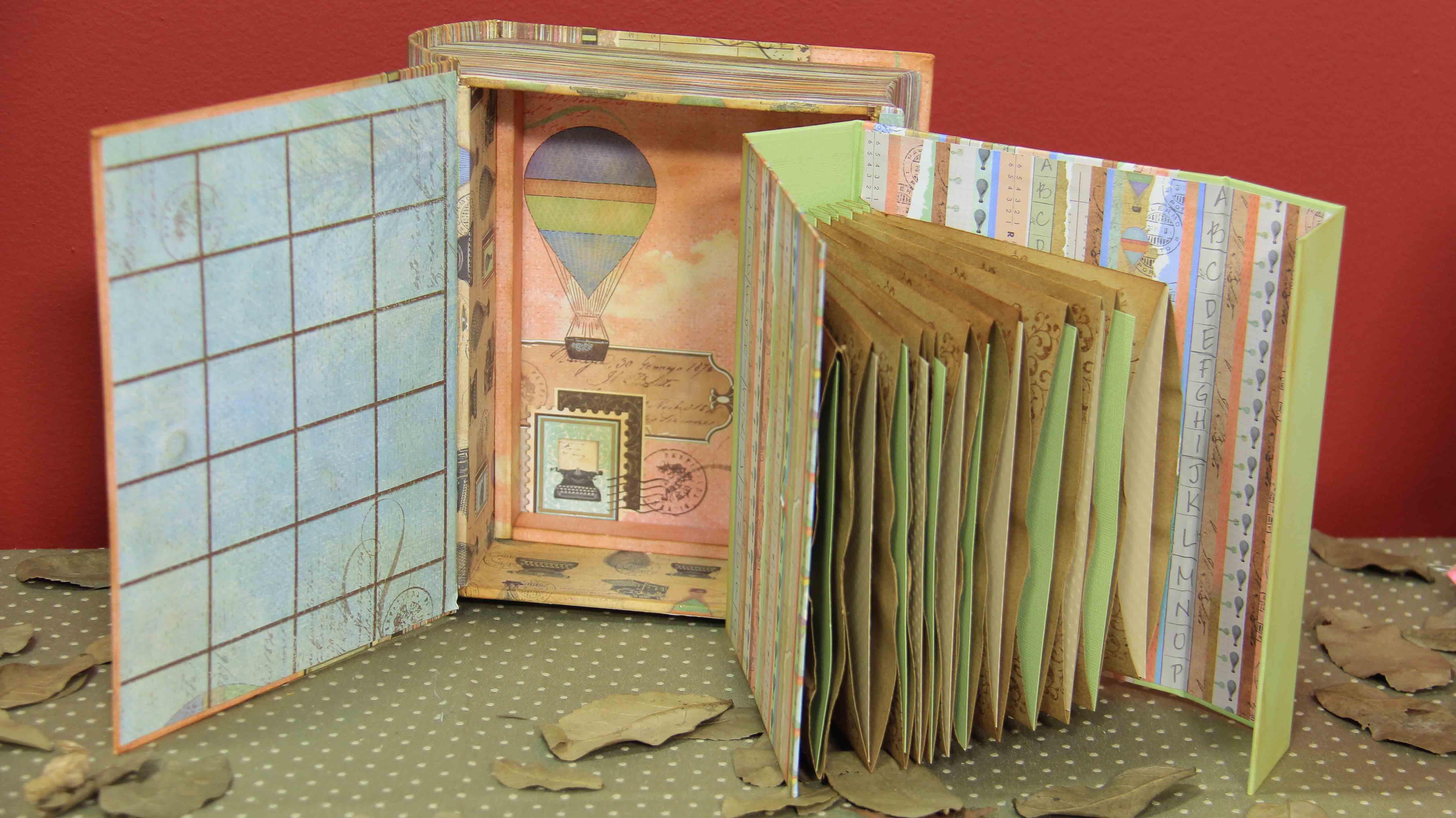 Carla Moura aposta na mistura de cartonagem com scrap para criar peças como esse lindo álbum