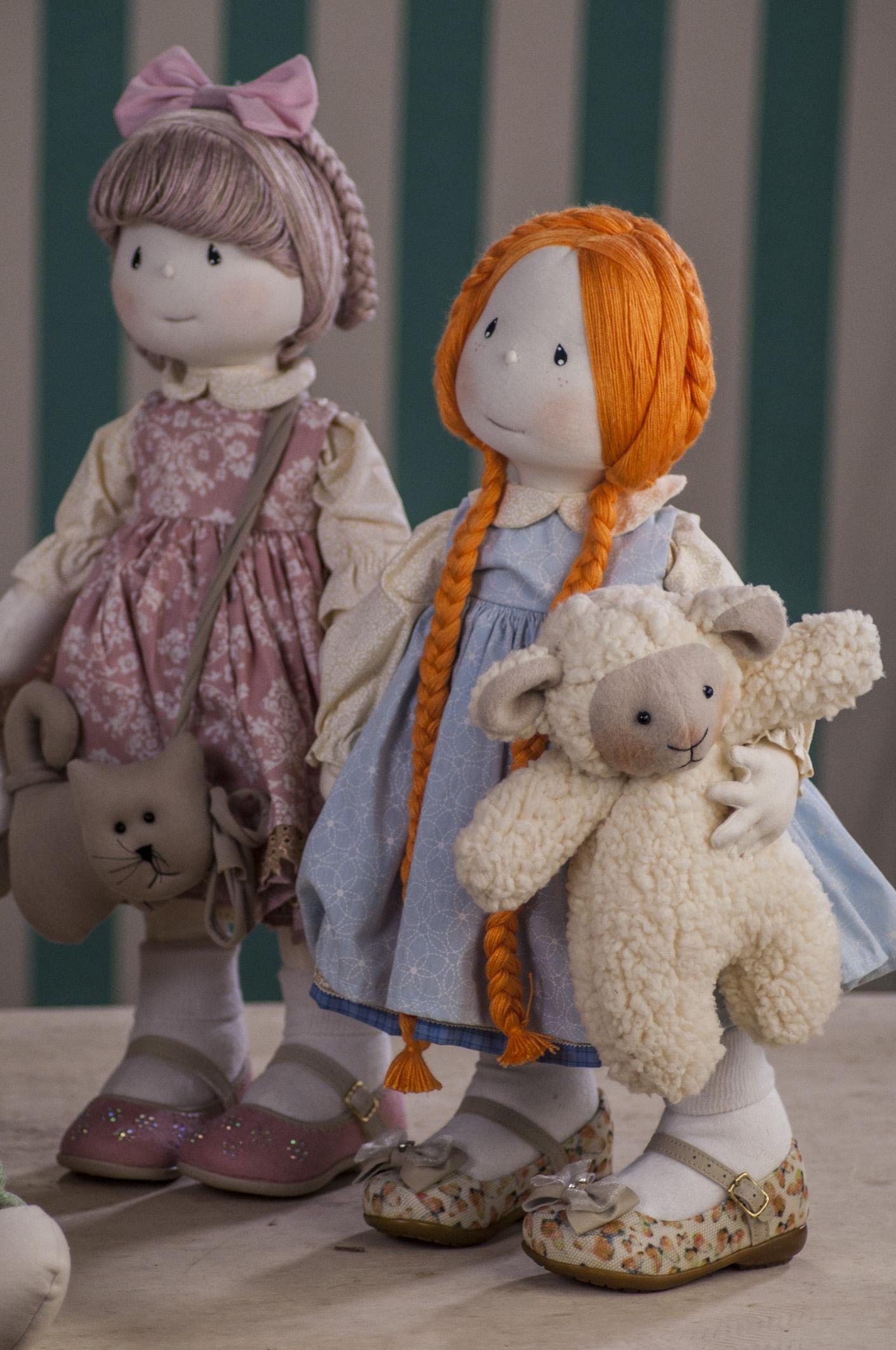 Bonecas lindas criadas pela Vivi Prado
