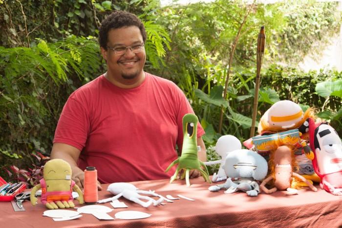 Fábio Sousa, o Tio.Faso, designer e fazedor de boneco de pano. Uma alma criativa!