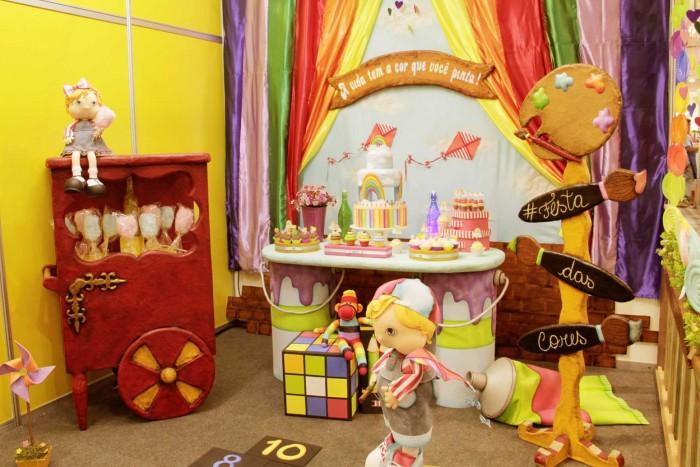 Decoração de festa feita pela Amanda Pin para a Casa Mega (crédito da foto: Karina Díaz)