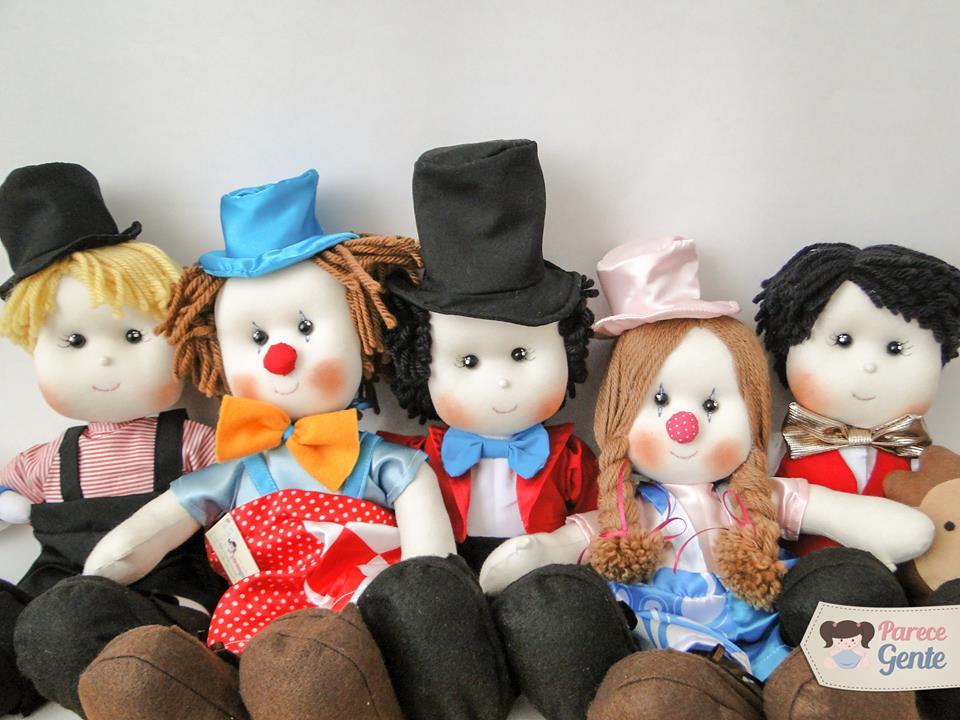 A turminha do circo de Vanessa Alves, os bonecos da Parece Gente são encantadores
