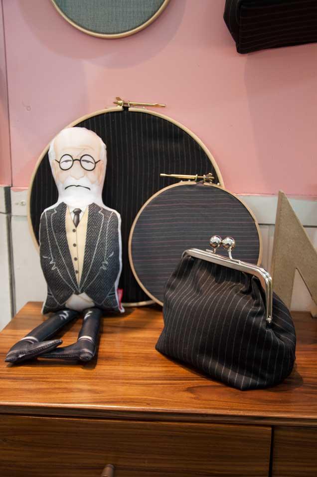 Bastidores, bolsas, tudo chique e moderno. Nem Freud explica tanta sofisticação!