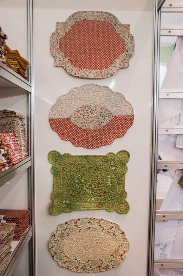 Técnica do patchwork com elementos clássicos estavam bem presentes na feira