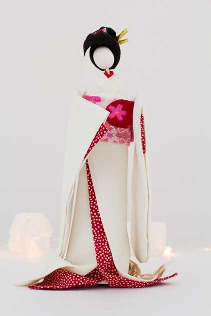 Gueixa de origami em tecido fica ainda mais linda!