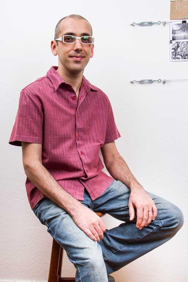 Pablo Peinado, autor do curso Encadernação: estruturas e impressão do livro independente.