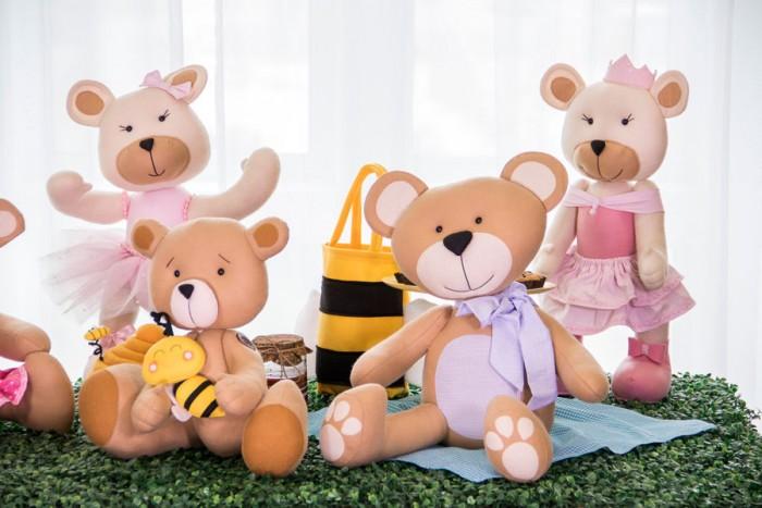 Ursos feitos em feltro no curso decoração com ursos com a querida Ana Cristina Campos