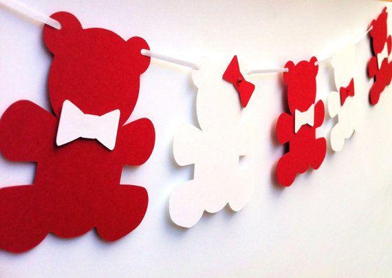 Varal de papel feito com ursinhos para decoração de festa (reprodução do site etsy_mypaperplanet)
