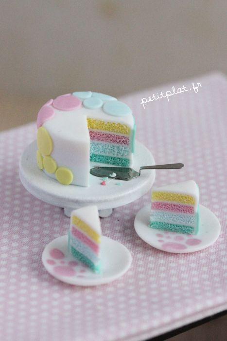 Mini bolo de biscuit feito em miniatura (reprodução do site nm-designs)