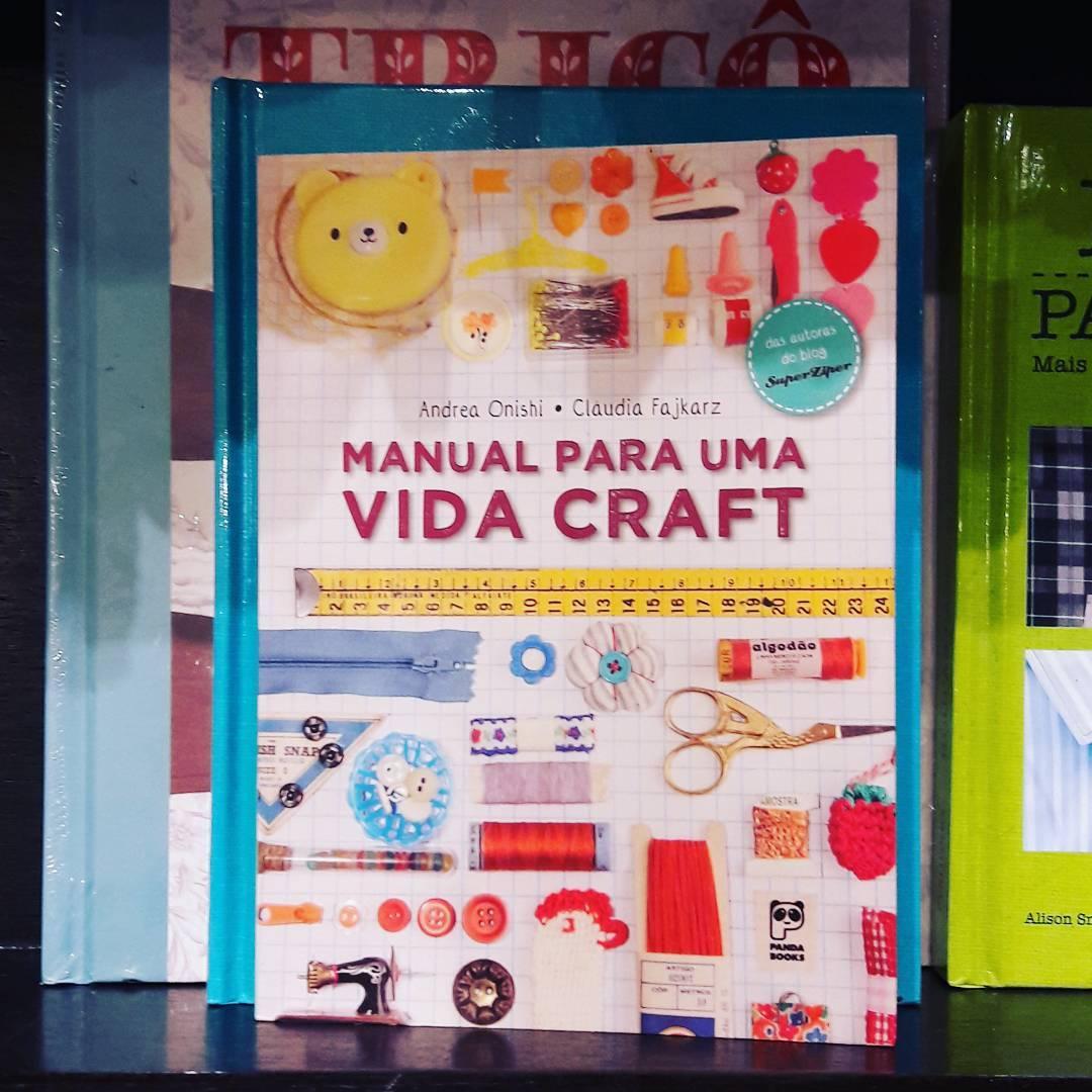 O Artesanato e Ponto recomenda: procure na livraria mais perto de você (crédito da foto: reprodução Instagram @superziper)