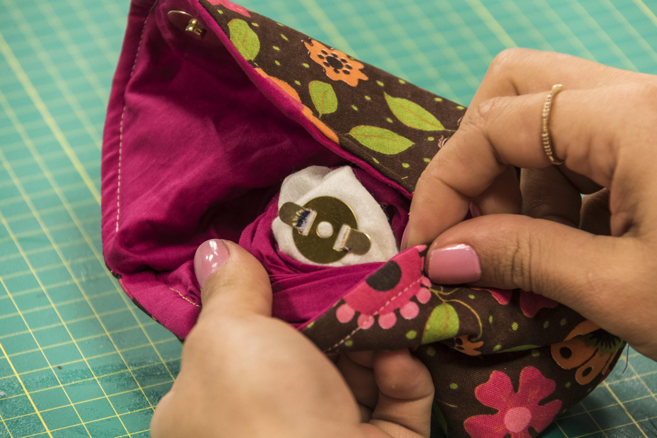 6ee4f2091 Carol Viana ensina a fazer uma linda bolsa clutch