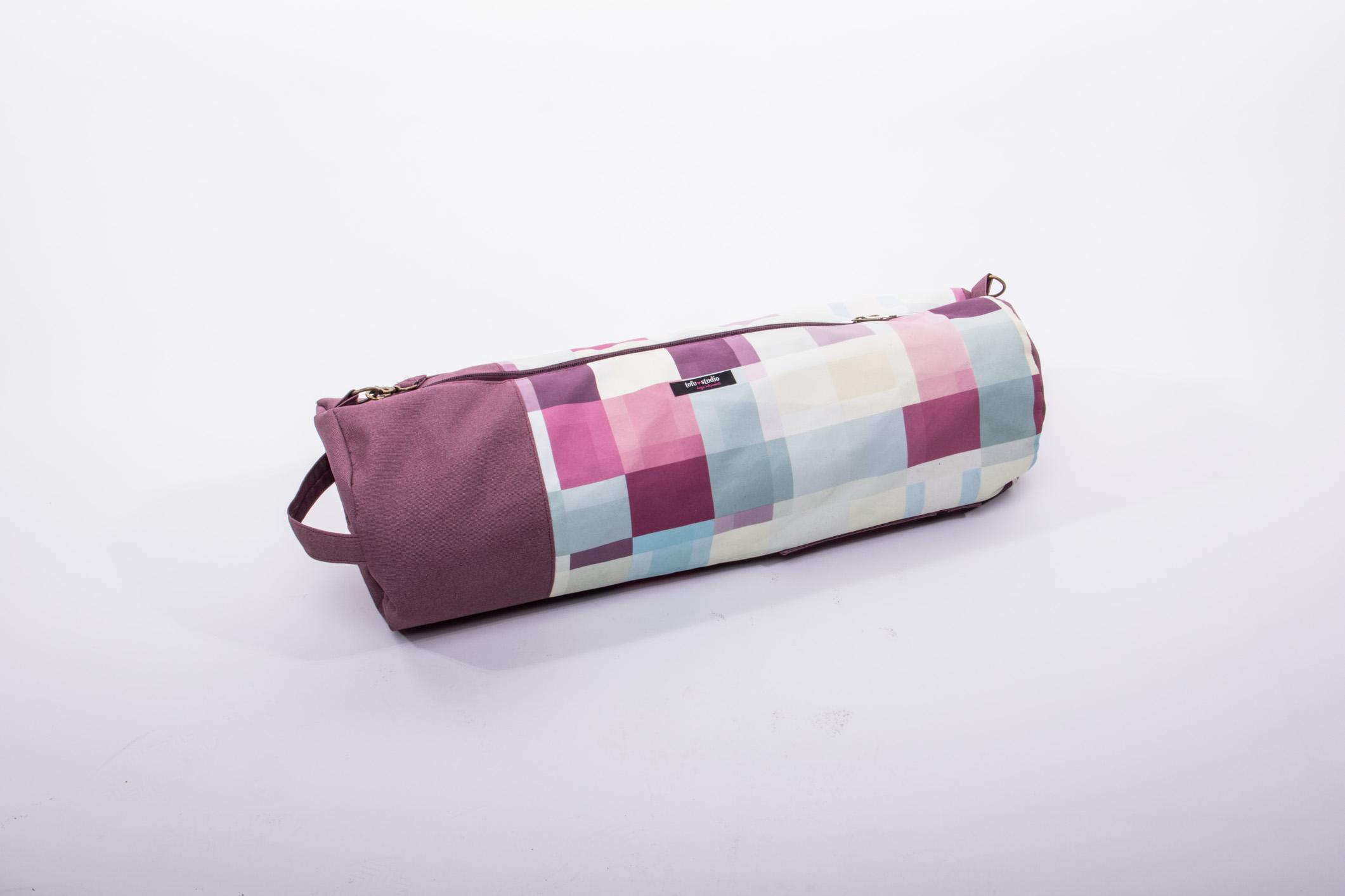 Essa bolsa é super eficiente para levar o match, o tapetinho de yoga