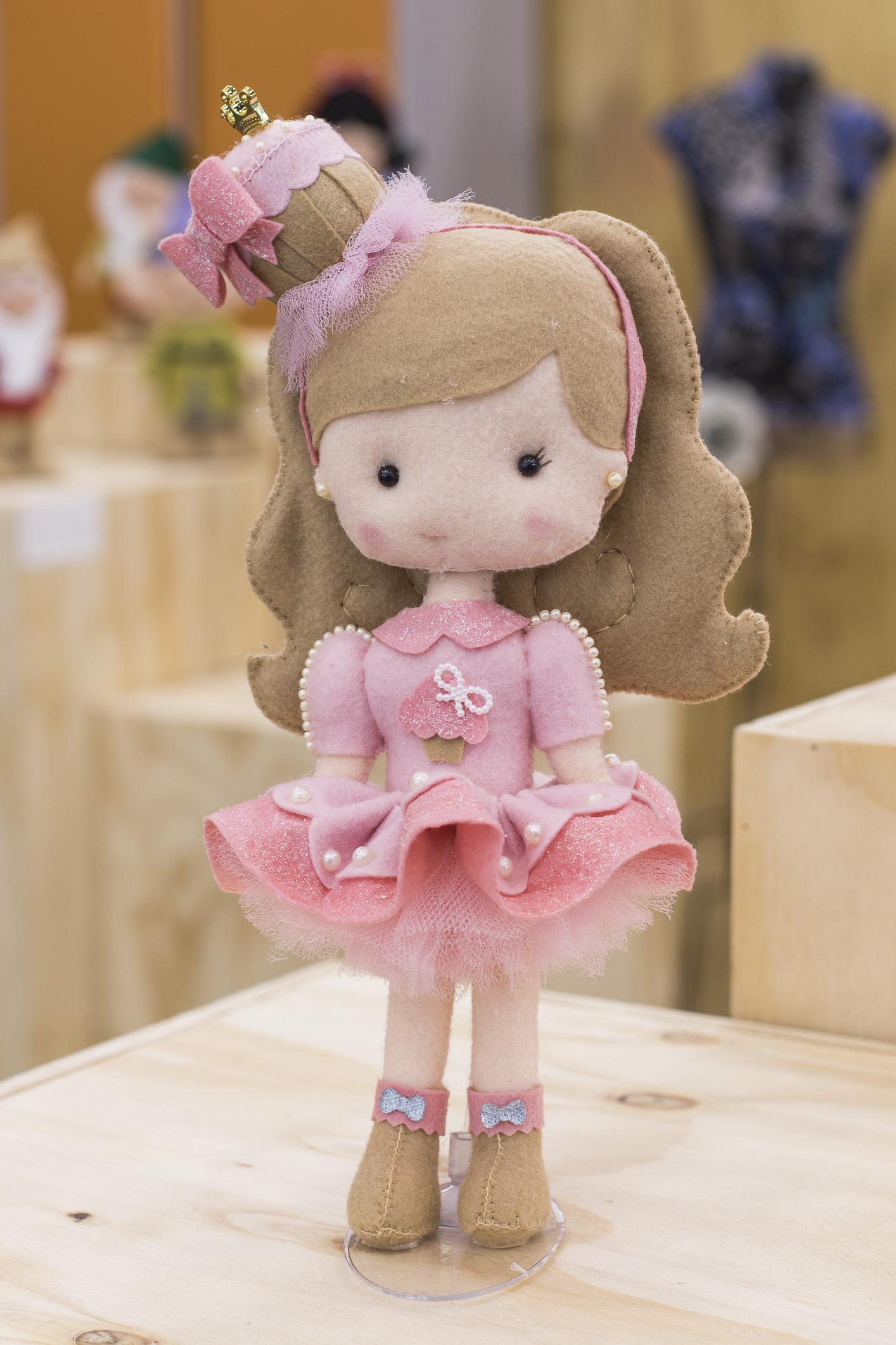Boneca Glamour, de Juliana Cwikla