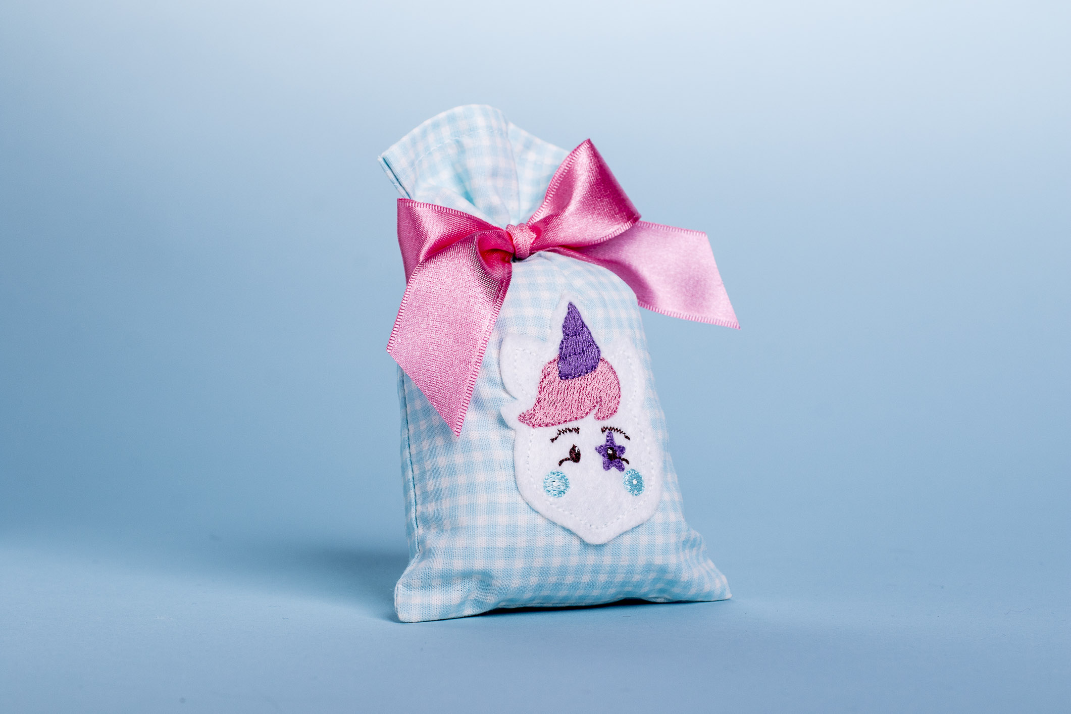 Desenvolva lembrancinhas de maternidade que dão um toque especial à chegada do bebê