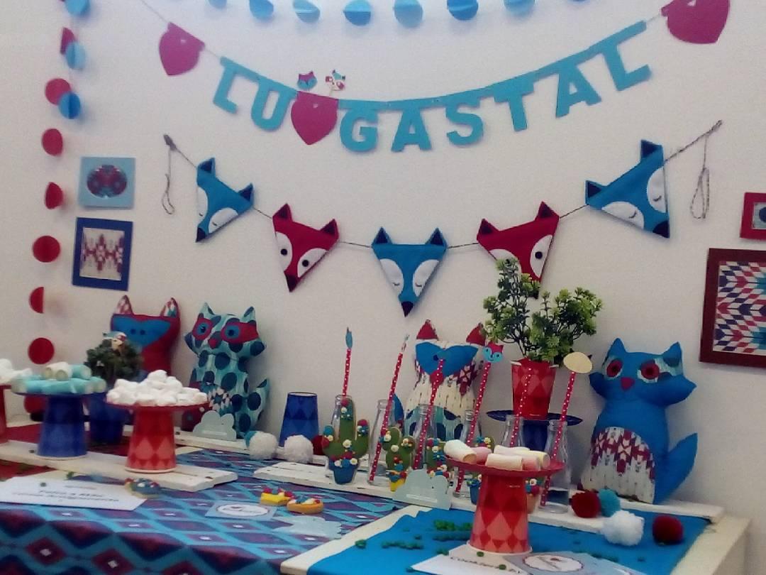 As referências aparecem na decoração da mesa de festa infantil