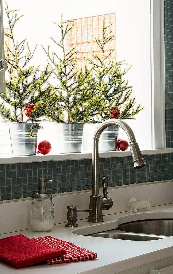 Dica para decorar o lavabo (crédito da foto: www.itallstartedwithpaint.com)
