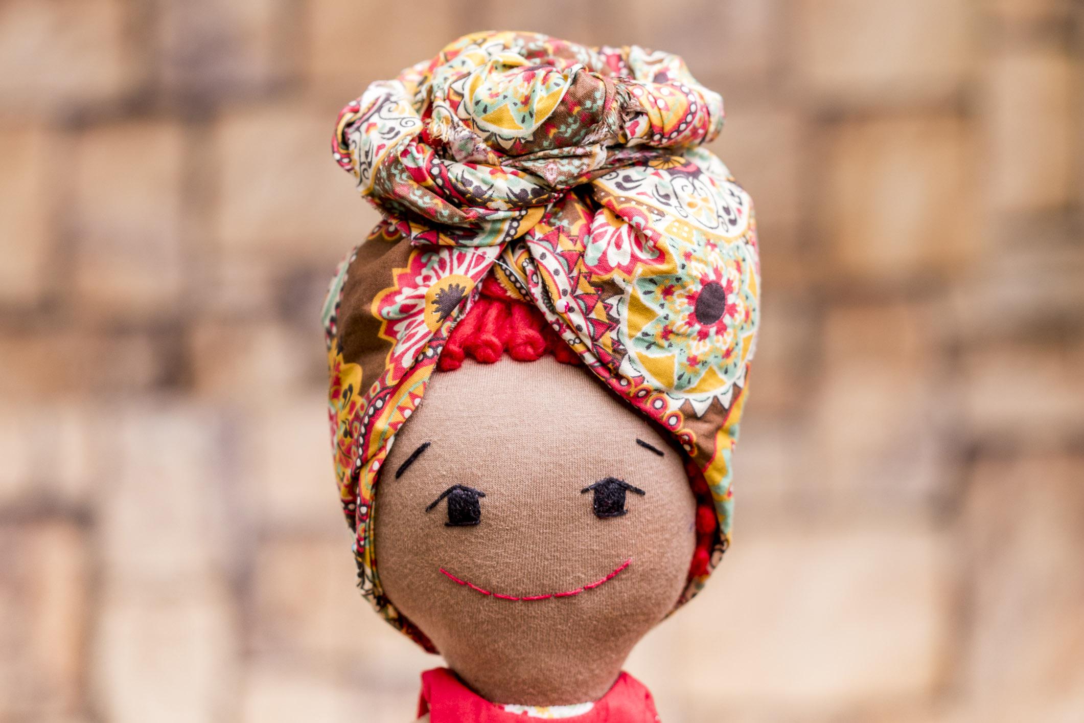 boneca_negra_com_turbante