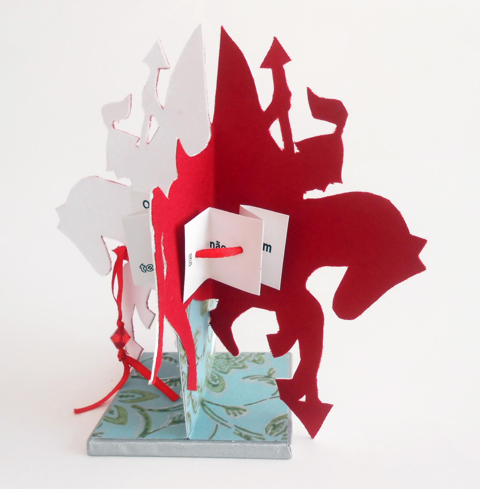 A icônica imagem de São Jorge e o dragão é imaginada e realizada pelas mãos de Gabriela Irigoyen