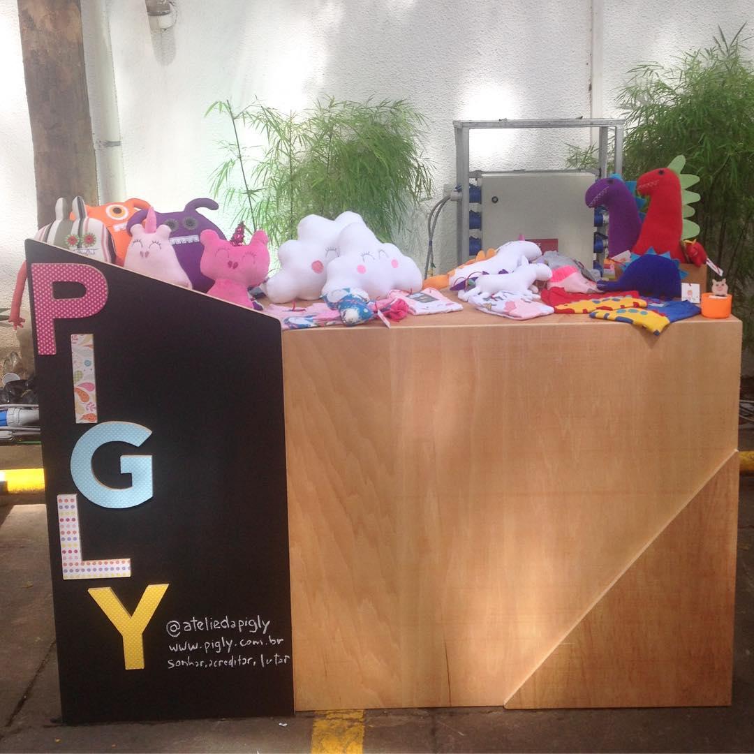 Stand do Ateliê da Pigly na Casa Instagram: vendas garantidas nas redes sociais e no tete-a-tete com os clientes! (foto: reprodução Instagram@ateliedapigly)